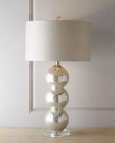 H6ZH2 Regina Andrew Design MODERNE GLASS LAMP