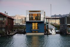 """boldempire: """"CONTEMPORARY BEACH STYLE MISSION CREEK FLOATING HOME """""""