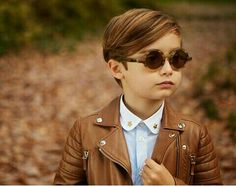 he is handsome ! Baby Boy Hairstyles, Little Boy Haircuts, Boy Cuts, Kid Swag, Child Models, Italian Style, Boy Fashion, Fashion Children, Baby Boy Outfits