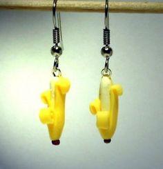 Ohrringe und Ohrstecker im Onlineshop - Verrückte Ohrringe und Schmuck Welt  - Ohrringe Banane Edelstahl handgemacht aus Sculpey Neuware