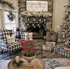 Amazing Farmhouse Christmas Ideas They are all inspiring and you will feel in a Christmas wonderland.