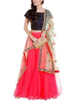 85d78ab535 771 best Indian Bridal Dresses   Wedding Designers   Indian Designer ...