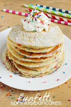 Low Carb Recipes To The Prism Weight Reduction Program Easy And Festive Funfetti Pancakes From Scratch These Are Perfect For Celebrating Someone Special's Birthdayor Just Because What's For Breakfast, Breakfast Pancakes, Pancakes And Waffles, Birthday Breakfast, Cornmeal Waffles, Birthday Pancakes, Birthday Morning, Blueberry Pancakes, Brunch Recipes