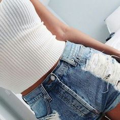 Find More at => http://feedproxy.google.com/~r/amazingoutfits/~3/1qGY99T3Pao/AmazingOutfits.page