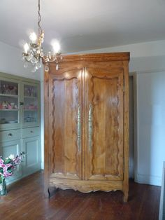 UK based online boutique specialising in authentic French armoires, antique mirrors and French decorative accessories. French Armoire, French Mirror, French Antiques, Vintage Furniture, Decorative Accessories, Cupboard, 19th Century, Armoire Wardrobe, Shelves