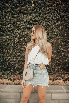 Denim skirt outfits, spring outfits, denim skirts, summer brunch outfits