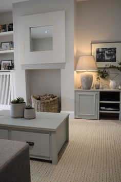 Victorian Living Room, Cottage Living Rooms, New Living Room, Living Room Interior, Home And Living, Living Room Decor, Alcove Ideas Living Room, Cosy Living Room Grey, Kitchen Living