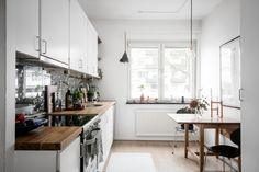 decoaddict: new kitchen decoaddict - Lady Addict Kitchen And Bath, New Kitchen, Kitchen Dining, Kitchen Cabinets, Kitchen Ideas, Dining Room, Deco Addict, Nordic Home, Teak Furniture