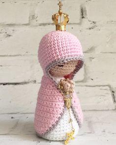 Katy Savoie's media content and analytics Crochet Deer, Crochet Pumpkin, Cute Crochet, Crochet Animals, Crochet Dolls, Crochet Baby, Felt Crafts Kids, Easy Crochet Patterns, Stuffed Animal Patterns