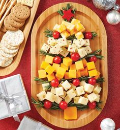 Easy Cheesey http://www.pamperedchef.com/pws/sharongrozich/holiday-delights-public#