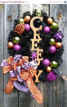 PRE-SEASON SALE Creepy Calling Oval Glittery Shiny Halloween wreath by SparetimeSpecialties on Etsy https://www.etsy.com/listing/241488394/pre-season-sale-creepy-calling-oval