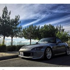 @yoitsjohnfree clean! #s2000 #s2k #honda #oem #jdm #vtec #ap2 #s2k_socal ------------------------------------------ Tag or email us to be featured on our page follow for more meets pics and videos on our s2k Cali community @s2k_socal by s2k_socal