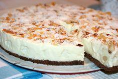 Tort Raffaello Romanian Desserts, Romanian Food, Cheesecakes, Yummy Cakes, Vanilla Cake, Biscuit, Goodies, Food And Drink, Dessert Recipes