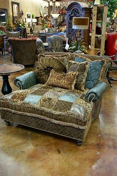 Gift ideas for cyclists [for all the bike lovers] Western Furniture, Funky Furniture, Furniture Styles, Home Decor Furniture, Furniture Ideas, Boho Living Room, Living Room Decor, Carters Furniture, Upholstered Furniture