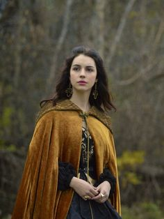 The Enchanted Garden - Adelaide Kane as Mary, Queen of Scots in Reign (TV. - Adelaide Kane as Mary, Queen of Scots in Reign (TV Series, Source by irinaha - Reign Mary, Mary Queen Of Scots, Queen Mary, Adelaide Kane, Wizard Robes, Marie Stuart, Reign Dresses, Reign Fashion, Historical Costume