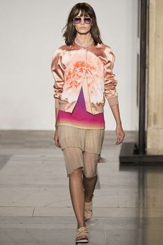 The Expose - Cropped Tops, Midriff Fashion Trend Spring/Summer 2014 (Vogue.com UK)