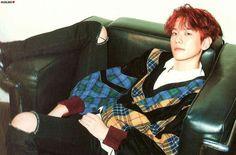 EXO-CBX Hey Mama! Album Scan (baekhyun)