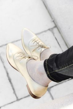 Fall is golden. Available exclusively at Nordstrom, Kate Spade New York's 'Carmila' oxford puts a feminine spin on a menswear classic. @Nordstrom