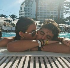 •Pinterest : @vandanabadlani• Elegant romance, cute couple, relationship goals, prom, kiss, hugging, dating, love, tumblr, grunge, hipster, aesthetic, boyfriend, girlfriend, teen couple, young love image madison beer, jack gilinsky, and couple