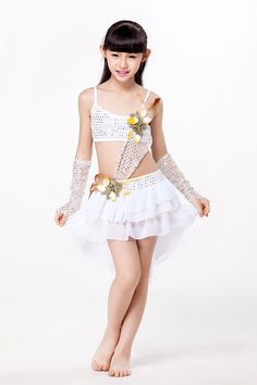 Girly Girl Outfits, Cute Little Girl Dresses, Cute Young Girl, Cute Little Girls, Little Girl Photos, Little Girl Models, School Girl Japan, Preteen Girls Fashion, Girl Fashion