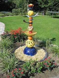 """Mario Geister, """"Stele / Wassersäule / Brunnen"""" Mit einem Klick auf """"Als Kunstkarte versenden"""" versenden Sie kostenlos dieses Werk Ihren Freunden und Bekannten."""