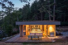 Retractable Panels Protect Island Home from Coastal Winds Modern Glass House, Garden Deco, Architecture Design, Architectural Digest, Prefab, Tiny House, Mcm House, House Design, House Styles