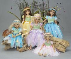 FREE dress & wings tute: http://www.antiquelilac.com/tiny-fairies---costumes-and-wings---tutorial.html