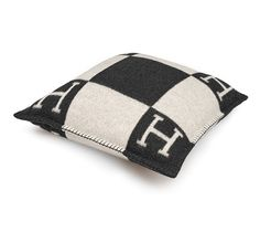 """Avalon PM Hermes pillow, size PM (90% merino wool, 10% cashmere) Measures 20"""" x 20"""""""