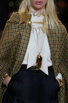Celine Fall 2020 Ready-to-Wear Fashion Show - Vogue Fashion Week, Winter Fashion, Fashion Show, Fashion Looks, Fashion Outfits, Womens Fashion, Fashion Trends, Celine, Tattoo Arm Frau