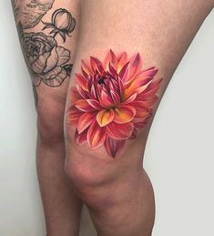Dahlia Interesting flower for tattooingSponsors: Finger Tattoo – Fashion Tattoos Mom Tattoos, Cute Tattoos, Beautiful Tattoos, Finger Tattoos, Body Art Tattoos, Sleeve Tattoos, Tatoos, Dahlia Flower Tattoos, Colorful Flower Tattoo