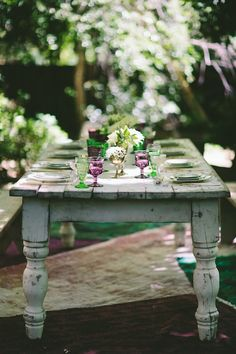 Green and purple rustic wedding table inspiration