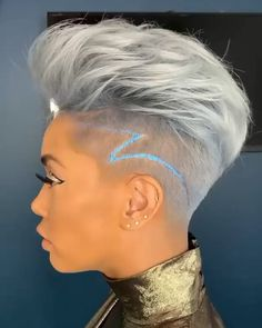 Silver Short Hair - If you think ombre hair just for long hair, we will change your mind with our latest pictures of short ombre hairstyles! Cute Hairstyles For Short Hair, Pixie Hairstyles, Pixie Haircut, Curly Hair Styles, Haircut Short, Beautiful Hairstyles, Wedding Hairstyles, Super Short Hair, Short Grey Hair