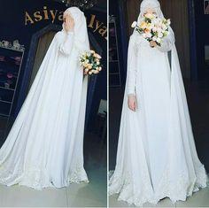 Simple yet elegant, Masha Allah Wedding Abaya, Wedding Hijab Styles, Muslimah Wedding Dress, Muslim Wedding Dresses, Princess Wedding Dresses, Dream Wedding Dresses, Boho Wedding, Gothic Wedding, Muslim Brides