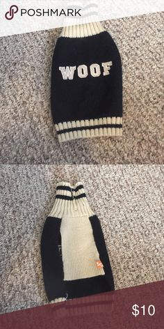 Xs dog sweater Great condition soft doggie sweater Other
