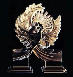Lovebirds. carved glass