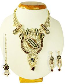 wholesale fashion jewelry at very affordable price......find that you want on our websites........