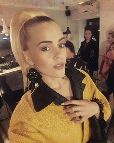 Backstage #jennyjeshko fashionshow