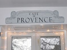 Shabby Whites: Lil' Painted French Sign - Before & After Country Kitchen, Diy Kitchen, French Signs, Hollywood Lights, Candels, French Country Style, Coffee Cafe, Dremel, Painted Furniture