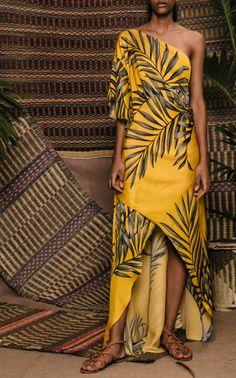 Get inspired and discover Johanna Ortiz trunkshow! Shop the latest Johanna Ortiz collection at Moda Operandi. Tropical Fashion, Boho Fashion Summer, Tropical Dress, Hawaiian Fashion, Samoan Dress, Batik Dress, Kimono Dress, Boho Kimono, Chic Dress