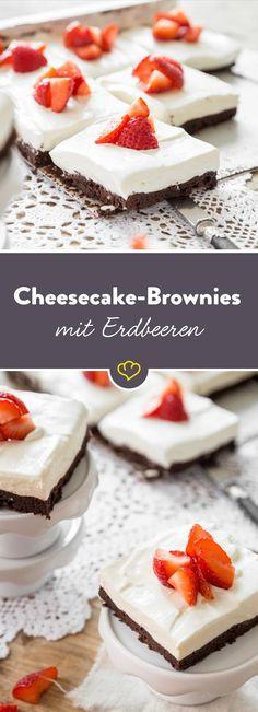 Diese Brownies bringen dir den Sommer zurück. Die Kombination aus Cheesecakecreme und Erdbeeren schmeckt nach Milcheis im Freibad.