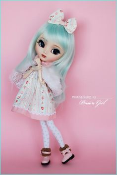 when a doll is prettier and has better style than you :'(
