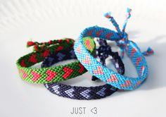 firendship bracelets http://vanrolt.blogspot.com