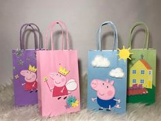 Peppa Pig Party Favor Bags- Blue George Pig These Peppa Pig themed party favor bags are amazing for any party. There are 4 different types of b Peppa Pig Birthday Decorations, Pig Birthday Cakes, 3rd Birthday Parties, Peppa Pig Party Ideas, 2nd Birthday, Cumple Peppa Pig, Peppa Pig Wallpaper, Pig Candy, Bebe