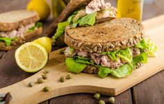 Tuna sandwich http://www.prevention.com/food/healthy-lunches-for-busy-days/slide/5