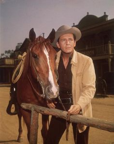 Maverick Tv, Milburn Stone, Ken Curtis, Horse Couple, Jack Kelly, Actor Studio, John Ford, Miss Kitty, Burt Reynolds