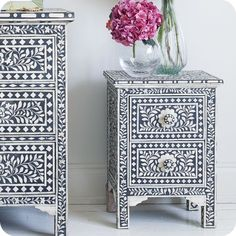 Inlay chests.