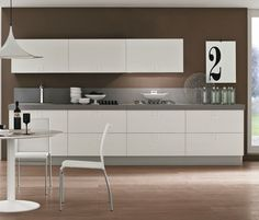 Cucina bianca top scuro piastrelle | Bagno idee | Bagno idee by ...