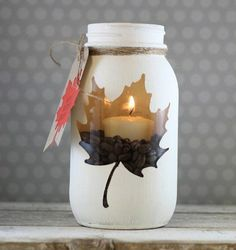 activite manuelle adulte, bricolage automne a faire vous memes, bougie decorativ… manual activity adult, DIY autumn to do yourself, decorative candle Diy Mason Jar Lights, Mason Jar Crafts, Mason Jar Diy, Mason Jar Lanterns, Fall Crafts, Diy And Crafts, Decor Crafts, Diy Y Manualidades, Navidad Diy