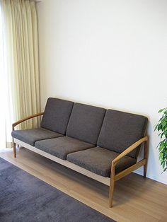 Kai Kristiansen ペーパーナイフソファー/宮崎椅子製作所 http://www.o-rose.com/