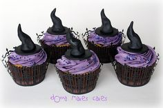 Witch Hat Cupcakes by donna_makes_cakes, via Flickr